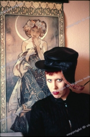Hazel O'Connor at home