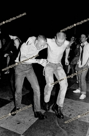 crisis  skinheads crowd fans punks dancing acklam hall 29/06/79