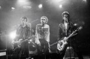 fl0004fr30_Sex_Pistols_June1977_London_wash8.17_5400dpi