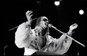 fl0613_fr43_Stevie_Wonder_Wembley_06_09_80